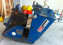 Sawing machine for asphalt