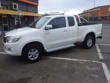 Toyota hilux 4wd extracab Style
