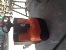 Bt electric pallet truck
