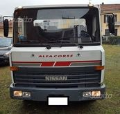 Tow truck Nissan