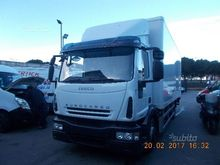 Iveco 120E25 cash and footrest