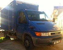 Iveco 65c15 with hydraulic plat
