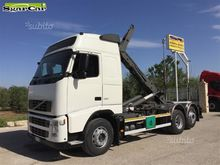 Volvo fh 12 460 with hook lift