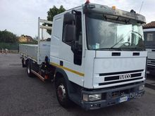 Iveco Eurocargo 80E18 crane and