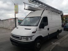 Iveco 35C13 TENT FOR MARKETS