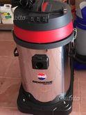 Vacuum cleaner / vacuum cleaner