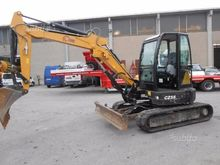 tracked excavator pounds cams c