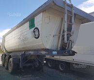Cargotrailer semitrailer tipper