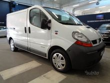 Renault Trafic 1.9 dCi T27 / 10