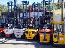 A.t.c. electric trolley-diesel-