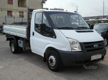 Ford transit tipper trilateral