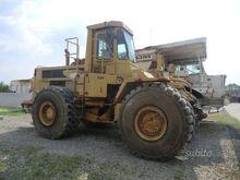 Wheel bulldozer CATERPILLAR 824