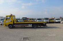 Tow truck rescue nissan eco-t i