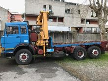 Used truck cranes in