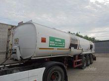 Semitrailer Tank Transport Fuel