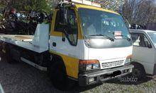 Used Tow truck isuzu