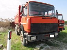 Used Iveco 330-30 ti