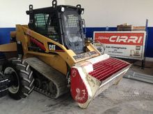 Used Compact Track L