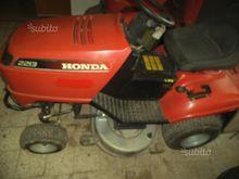 Used 2213 honda mowe