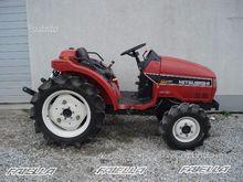 Tractor Mitsubishi MT185