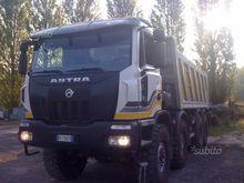 Truck Astra HD8 8x8