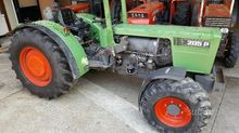 Agricultural tractor used Fendt