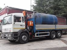 Truck With GRU PM Renault300