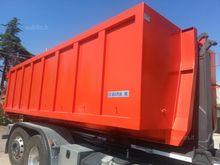 Used Skip loader 25