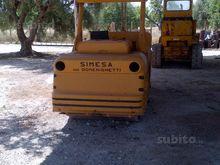 Simesa roller compactor
