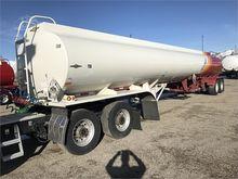 2006 BEALL 9600 Gallon Semi
