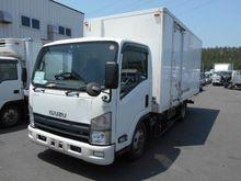 2009 Isuzu Elf Truck