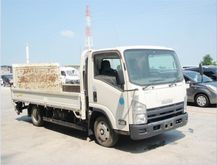 2011 Isuzu ELF Truck