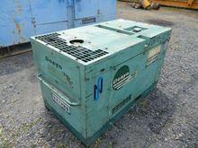 2000 compressor DENYO DIS70SB