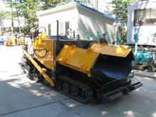 2000 asphalt paver SUMITOMO HAN