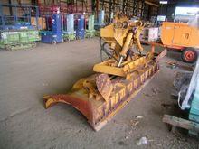 Blade wheel loader