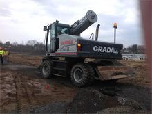 Used 2005 Gradall XL