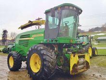 2004 John Deere 7500