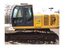 2011 John Deere 200D LC #246100