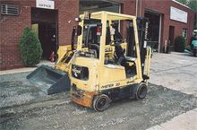 Used 2000 HYSTER S30