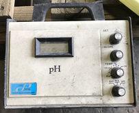 COLE-PARMER Model 5996 pH meter