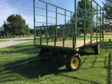 2017 Stolfzfus 18' Bale Wagon w