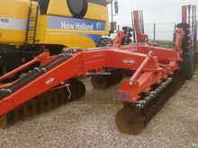 2003 Kuhn Discover XL48