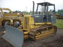 Komatsu D38E Track bulldozers