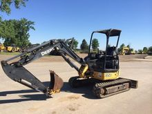 Deere 135D Track excavators