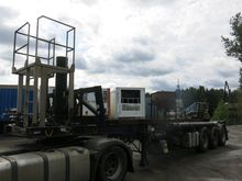 2006 Corus with hydraulic lift