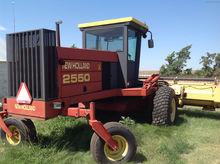 1996 New Holland 2550