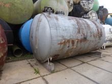 Steel pressure vessel, heatable