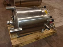 Stainless steel agitator vessel
