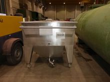 Stainless steel transport conta