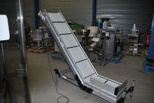 2005 INCLINED CLEATED FEEDER